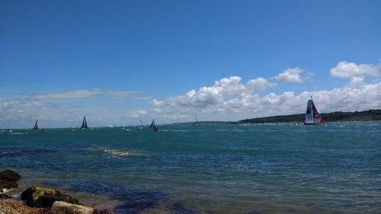 Forest Park Hotel: watching the fastnet sailing race