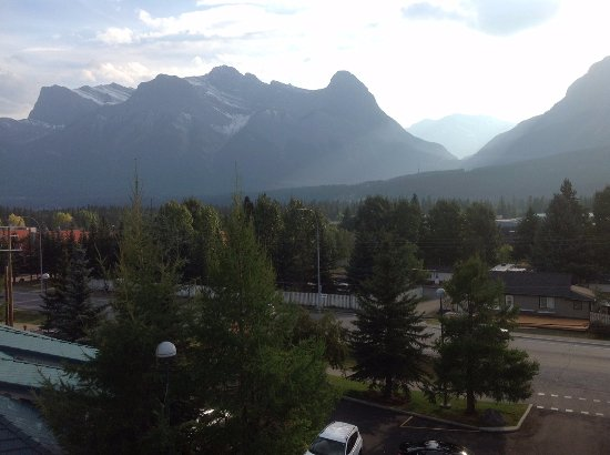 Best Western Pocaterra Inn: the view from our room