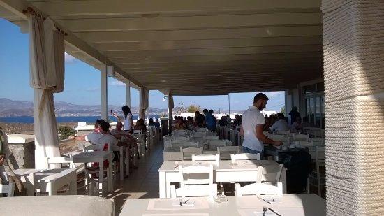 Agios Prokopios, Greece: Terrazza del ristorante