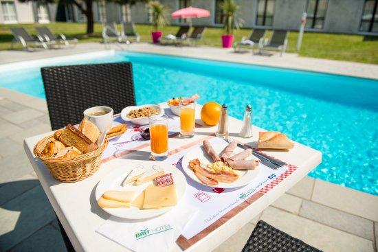 Vigneux-de-Bretagne, Francia: Découvrez notre petit-déjeuner producteurs Locaux