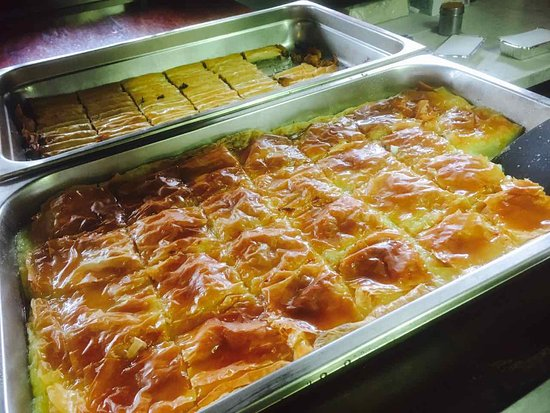 Collingwood, ออสเตรเลีย: Traditional Greek Custard slice, Galaktoboureko