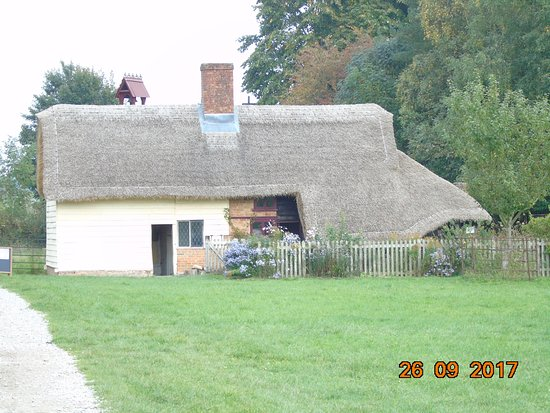 Chiltern Open Air Museum: This cottage has just had a new roof costing £25,000 its set in two time periods