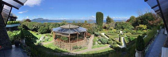 Picture of lake taupo lodge taupo tripadvisor for Minimalist house lake taupo