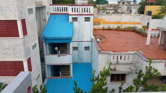 Pondicherry Executive Inn Pvt Ltd: View of city from second Balcony
