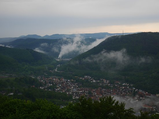 Annweiler am Trifels, Germany: View on the town of Annweiler