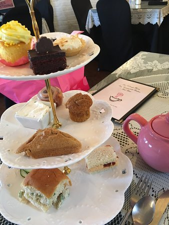 North Richland Hills, TX: Garden Cottage Tearoom