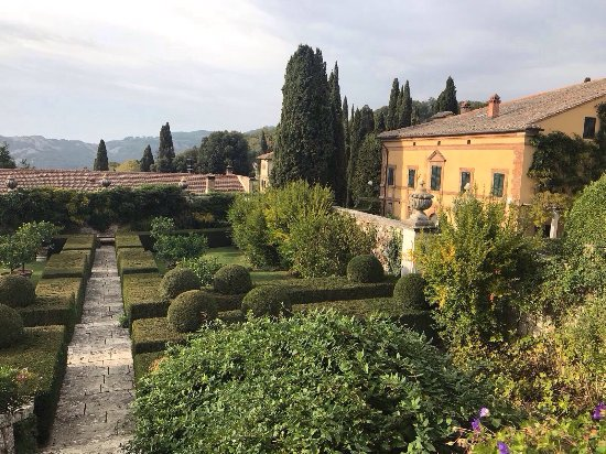 Oliveto, Italy: photo2.jpg