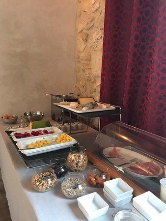 Baron, فرنسا: Breakfast