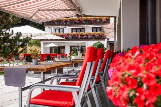 Valbella, Suisse : Unsere Sonnenterrasse im Sommer