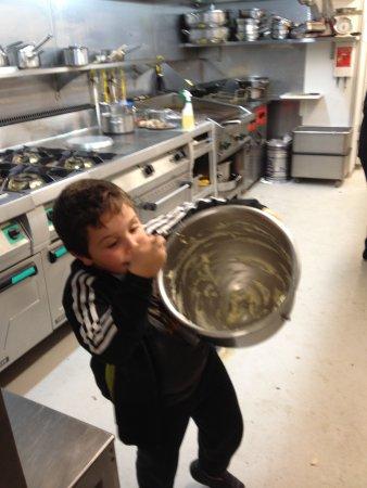 L' Antre Cote : Le Plus Jeune Cuisinier de l'Entrecôte !