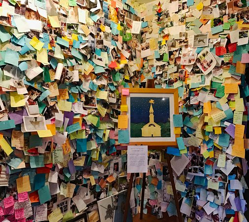 Saint Johnsbury, VT: memorial notes left by visitors