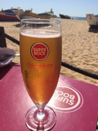 Pedro's Bar : Caneca junto ao mar