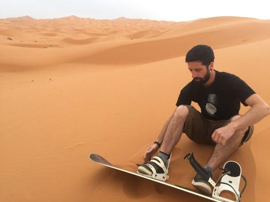 Merzouga, Fas: Sandboarding
