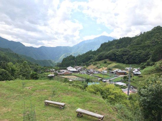 Tomb of Kusunoki Masakatsu