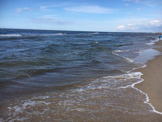 Sarbinowo, Polen: piaszczysta plaża w Sarbinowie