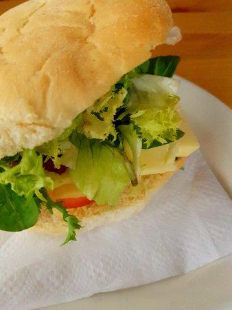 Perranuthnoe, UK: Cheese sandwich