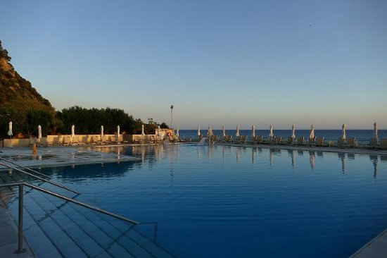 Glyfada, Grekland: Big Pool