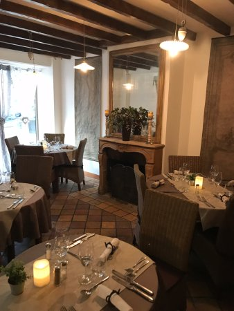 A la maison champigny sur marne restaurant reviews for Ala maison ardmore