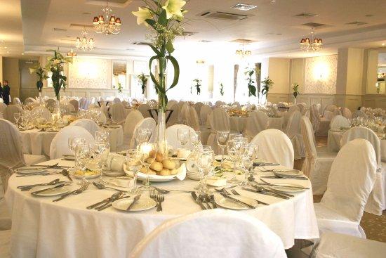 Abbeyleix, Ireland: Wedding in the Ballroom Set up