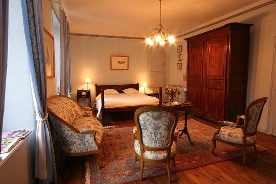 Fontenay-le-Comte, Francia: Suite Simenon pouvant accueillir 3p