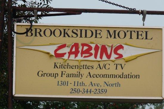 Brookside Motel : Szyld