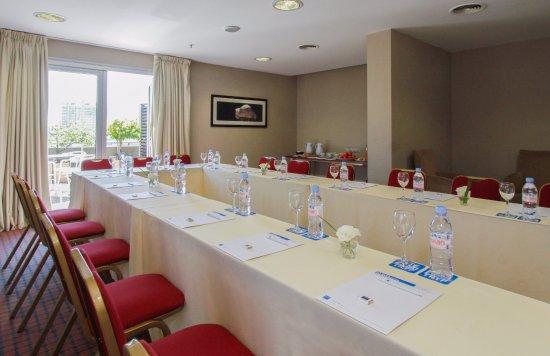 474 BUENOS AIRES HOTEL: SALON TERRAZA - ARMADO U