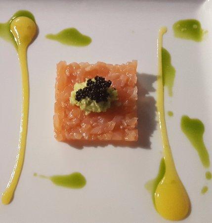 Provaglio d'Iseo, Italien: tartare salmone
