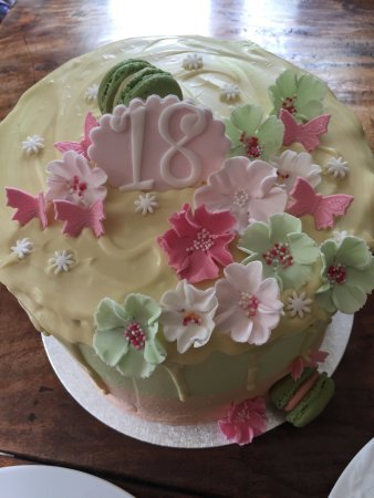 Incredible Hand Crafted 18Th Birthday Cake Picture Of Mama Doreens Personalised Birthday Cards Rectzonderlifede
