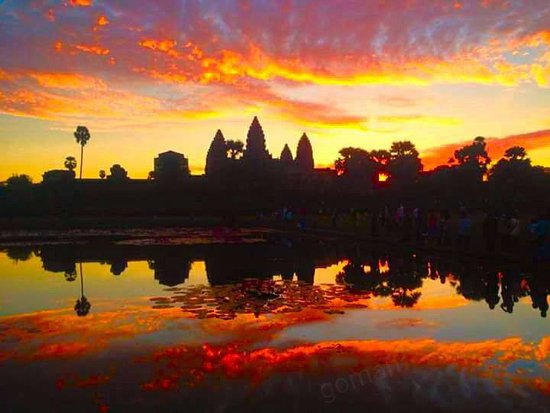 Happy Angkor Guide Tour