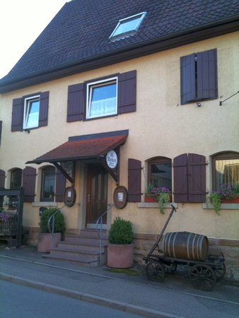 Weinstadt, Tyskland: Unsere Weinstube mit über 100jähriger Tradition in 4. Generation geführt