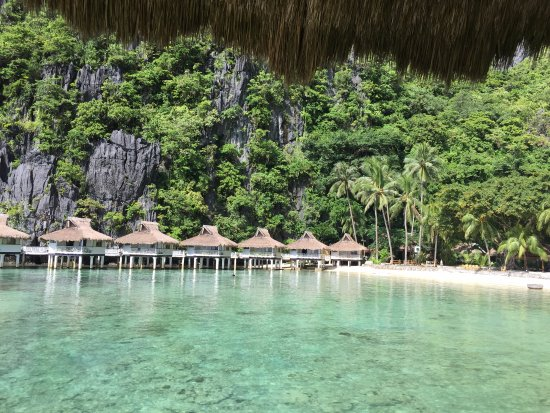 El Nido Resorts Miniloc Island : This is the view from our room.