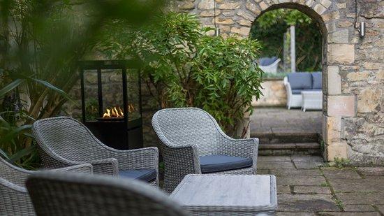 Queensberry Hotel: Hideaway garden