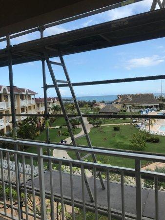 Iberostar Laguna Azul: Hotel room  After hurricane