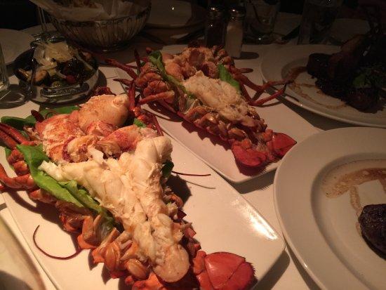 The Capital Grille: 龍蝦很新鮮很好吃。