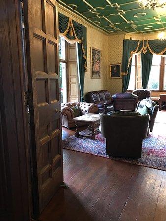 Clarencefield, UK : Comlongon Castle Hotel
