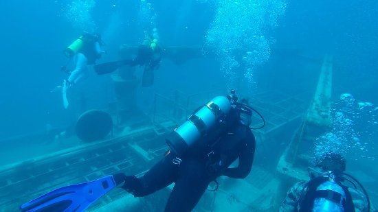 Davie, Floryda: Exploring the Lady Luck Wreck