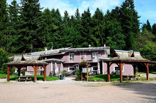 Les lodges de babylone larringes france lodge reviews for Lodges in france