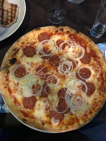 "Retzbach, ألمانيا: Pizza ""Balu"""