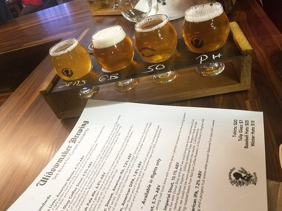 Braintree, MA: Flight and menu of beers on tap.
