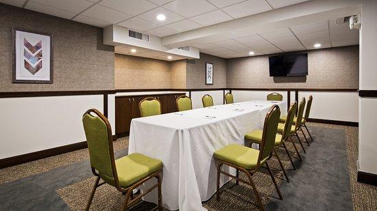 Best Western Premier Detroit Southfield Hotel  94    U03369 U03369 U0336