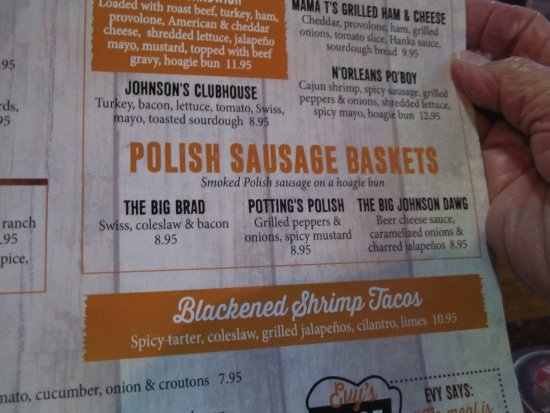 New Richmond, WI: Polish Sausage Baskets
