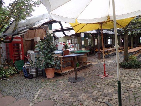 Mannebach, Alemanha: binneplaats