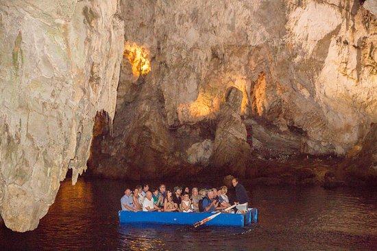 Grotta dello Smeraldo (Emerald Grotto): Emerald Grotto