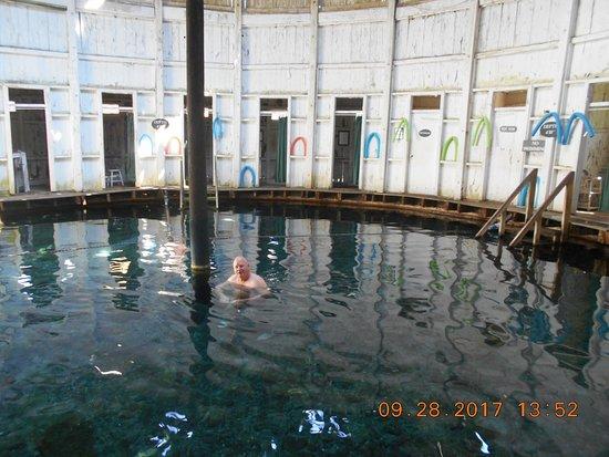 Jefferson Pools照片