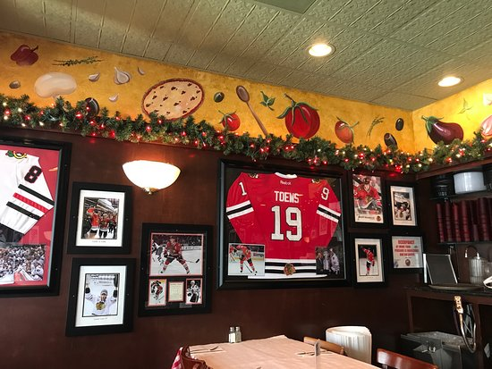 Pizano's Pizza adds a stately serving to Chicago