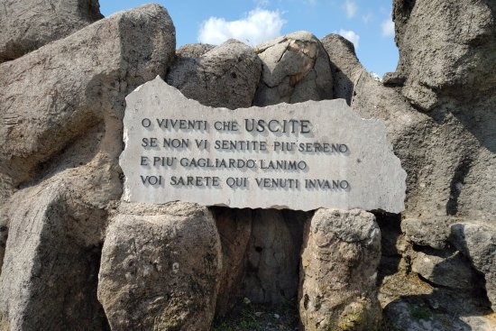 Fogliano Redipuglia, Italia: Basically states that if you exit this place without feeling anything; then we have died for not