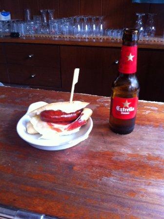 Restaurante bar la cueva en cerdanyola del vall s - Contactos cerdanyola del valles ...
