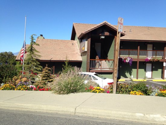 Lakeside Lodge and Suites Picture