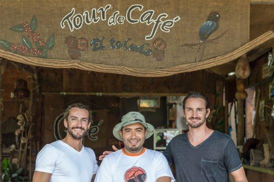 El Toledo Coffee Tour: mon frère et moi avec M.Gabriel une vraie belle personne