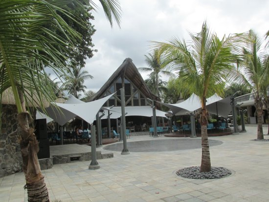 La Pirogue Mauritius: Entertainment area